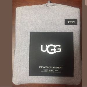 NEW UGG twin chambray sheet set blue